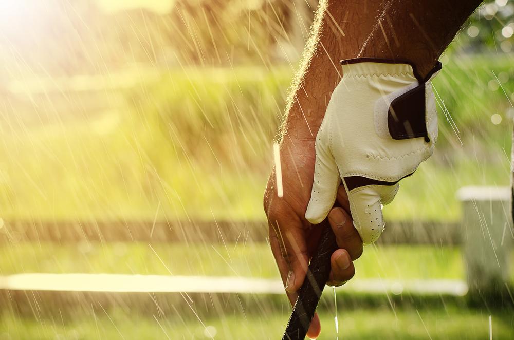 雨の日のゴルフでの注意点