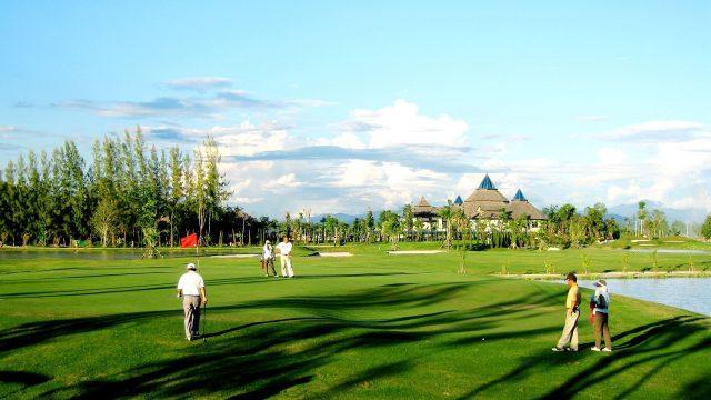 【ゴルフのマナー】これだけは絶対に覚えておきたい!ゴルフの基本マナー一覧