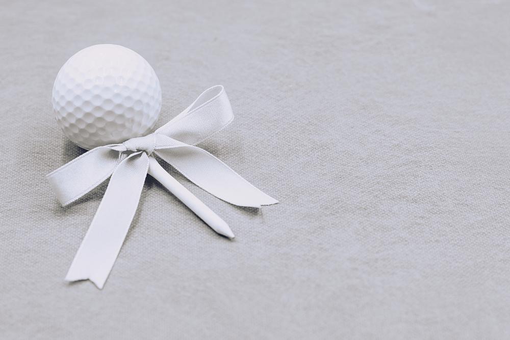 男性向けプレゼントでゴルフボールを選ぶ際のチェックポイント!