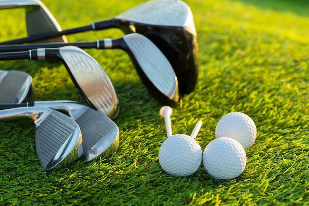 ゴルフ初心者のドライバーの選び方